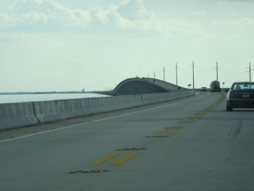 Brücke zwischen den Keys, Gewitter im Hintergrund