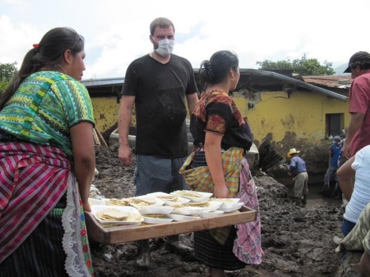 Fleißige Helfer und Helferinnen