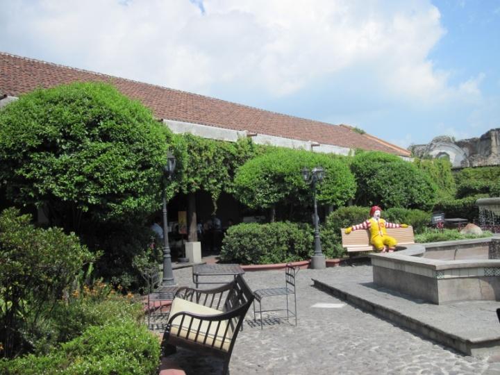 Mc Donalds-Garten in Guatemala