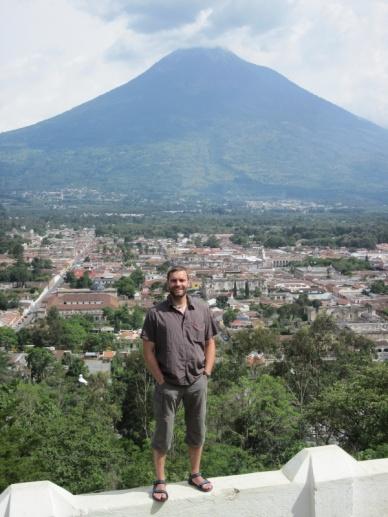 Ausblick auf Anigua und einen von drei Vulkanen