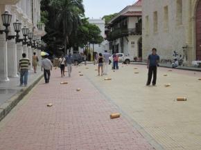 5. Bild - Kampange gegen weggeworfene Zigarettenkippen in Cartagena