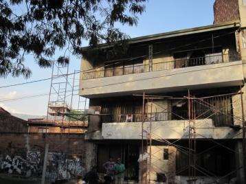 Auf dem Dach dieses Hauses wurde Escobar erschossen