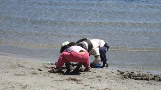 Bolivianische Kinder beim Spielen