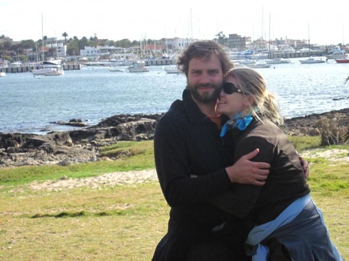 glücklich am Hafen von Punta del Este