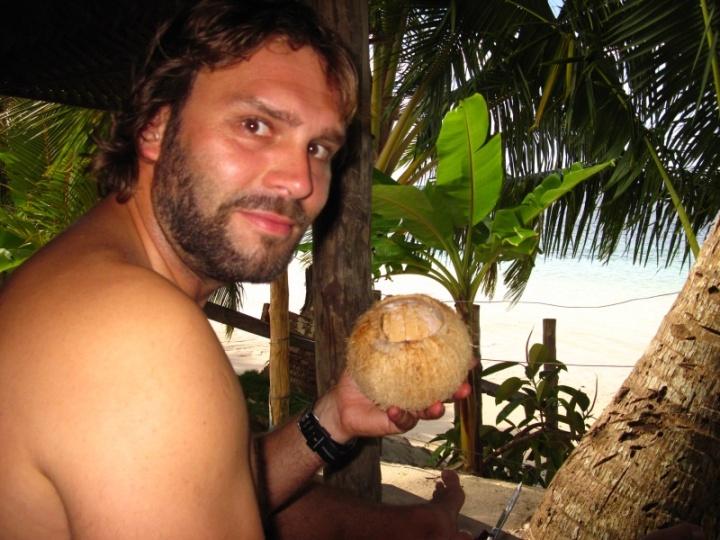 hmmm lecker...frische Kokosnuss