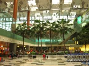 Ankunft am schönen Flughafen in Singapore