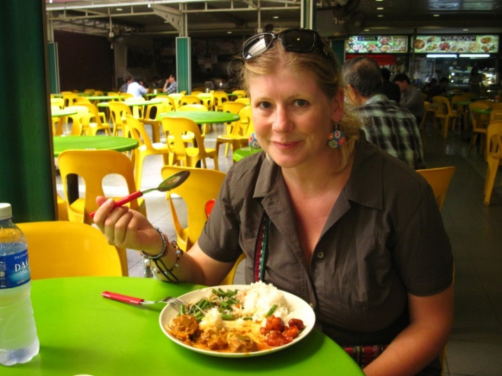 mampf... endlich Asienfood im tyoischen Hawkers Center