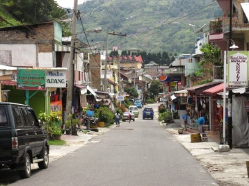Mainroad in Parapat
