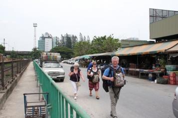 Fußmarsch zum Bahnhof