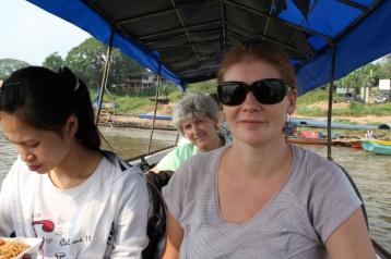 im Boot nach Laos