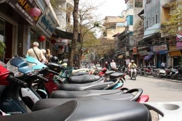 Hanoi - und seine Mopeds