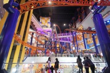 Größte Kaufhaus Malaysias mit Freizeitpark im Gebäude