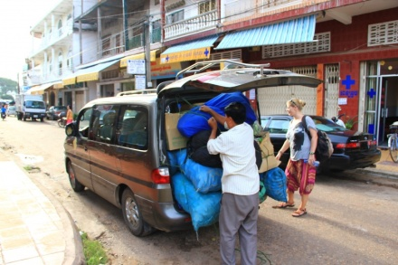 Es geht weiter, Mini Van von Kratie zur Grenze nach Laos