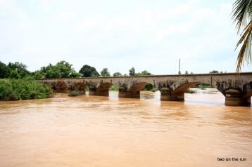 Alte französische Brücke