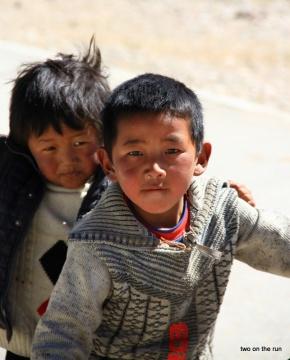 Kinder am Namtso Lake