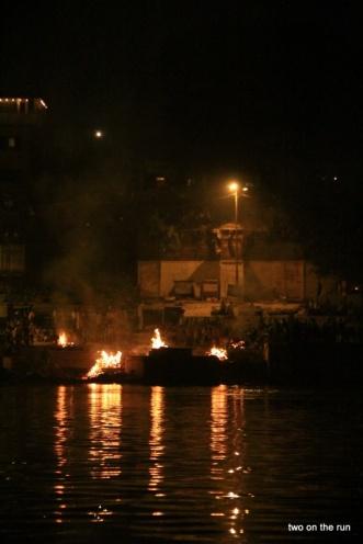 Verbrennungsghat am Ganges