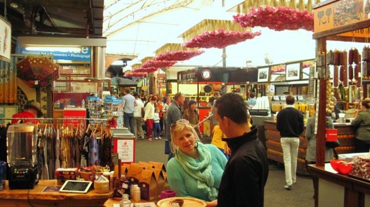 Wochendendmarkt in Fremantle - Angie und Alamim