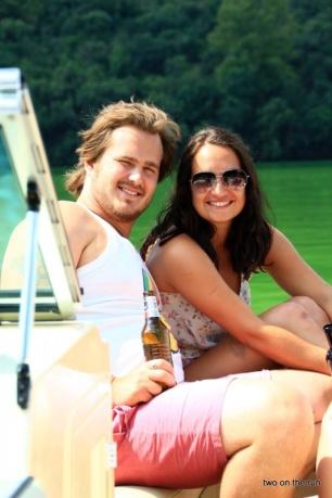 Auf dem Hartbeespoort-Stausee - Steffi und Rich