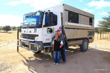 Im Kgalagadi Transfrontier Park - Paul und Maria