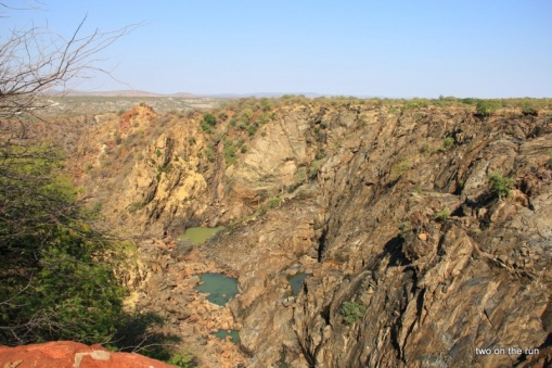Ruacana Falls - ohne Wasser