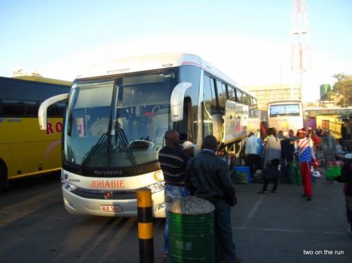 Lusaka - Bus in Richtung Norden