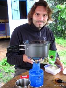 Kaffeèkochen unterm Schirm