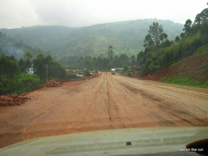 Die letzten Meter Schlamm vor Ruanda