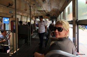 Mit dem Bus unterwegs in Bangkok